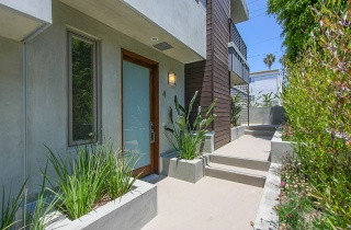 2 Bedrooms, Residential, Sold, 2 Bathrooms, Listing ID 1045, California, United States, 90403,
