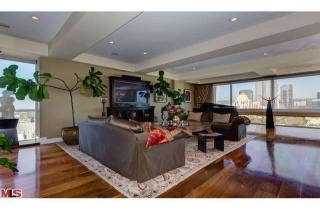 3 Bedrooms, Residential, Sold, AVENUE OF THE STARS, 2 Bathrooms, Listing ID 1051, California, United States, 90067,